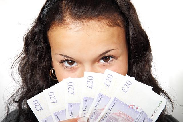 oči za penězmi