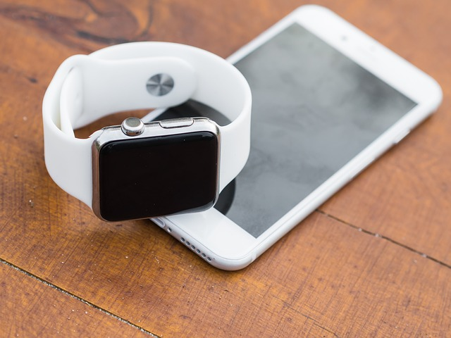 smartphone a smartwatch
